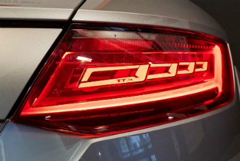 Automotive tail lights with OLED technology have been a highlight of LOPEC 2016 (photo: Messe München)