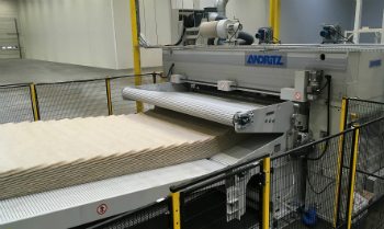 ANDRITZ needlepunch eXcelle line for the production of nonwovens for the automotive industry (photo: ANDRITZ)