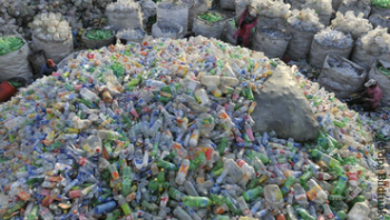 The EU commission wants to reduce plastic wastes with a new strategy (photo: dpa Bildfunk)