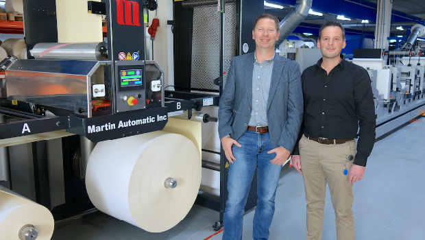 Richard Rensen and Marthijn Kieneker claim the Martin Automatic MBS has saved 20% on machine downtime compared with manual roll changes.